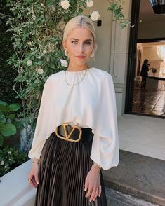 V 🌹 Fashion Models, Fashion Beauty, Womens Fashion, Fashion Tips, Beverly Hills, Casual Dresses, Fashion Dresses, Church Outfits, Dressed To Kill