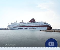 O Luca Pastorini Varini μοιράστηκε μαζί μας τη φωτογραφία που τράβηξε τον περασμένο Αύγουστο στο λιμάνι της Ανκόνας, ενώ ετοιμαζόταν να ξεκινήσει τις διακοπές του στην Ελλάδα με τον καλύτερο τρόπο: ταξιδεύοντας με τη Minoan Lines! #Photo_of_the_week Luca Pastorini Varini sent us this photo, which he took at the port of Ancona in August, while getting ready to start his greek vacation in the best possible way: traveling with Minoan Lines!
