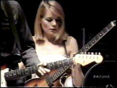 (2) Talking Heads - Born Under Punches - Rome, Italy - 1980 - YouTube