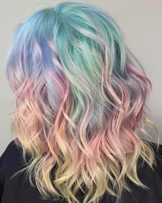 Colorful Styles Of Rainbow Hair Color Trends To Rock In 2018 Hair Dye Colors, Ombre Hair Color, Cool Hair Color, Unicorn Hair Color, Pastel Hair Colors, Diy Ombre Hair, Diy Hairstyles, Pretty Hairstyles, Celebrity Hairstyles