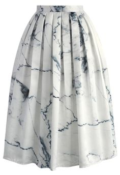 Give your closet a luxe upgrade with our Marble Chic printed midi skirt. With the grace of an illustrious décor from such a classic texture and the A-line silhouette, this skirt is an eye-catcher! Perfect for tucking in a turtleneck or soft, chiffon blouse.  - Side zip closure - Inserted side pockets - Lined - 100% Polyester - Machine washable  Size(cm) Length Waist XS       71    64 S        71    68 M        71     72 L         71     76 XL …
