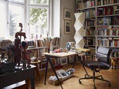 Office Chair - mit weichen Polstern - Softpad Variante von Charles und Ray Eameshttps://modecor.com/Halbhoher-Eames-Office-Chair-mit-weichem-Polster-in-Schwarz