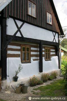Ateliér Gabryš - Exteriéry Cabin, House Styles, Home Decor, Decoration Home, Room Decor, Cabins, Cottage, Home Interior Design, Wooden Houses