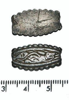 CAMHER-9B5D02: Saxon strap end