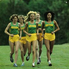 Women's cross country team of Oregon, 1979(More pictures here)