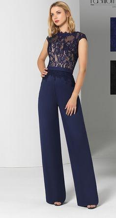 66026994c7075 Combinaison pantalon élégante, dentelle, bleu marine et nude, taille haute,  petites manches