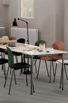 Office design Co - Working Space Scandinavian Office, Scandinavian Design, Contemporary Classic, Contemporary Design, Archi Design, Mobile Office, Office Inspo, Co Working, Coworking Space