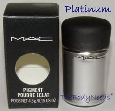 MAC Pigment Sample in Platinum - Smooth, High-Shine Platinum (Metal)
