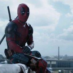 Deadpool Et Spiderman, Deadpool Funny, Deadpool Movie, Spiderman Movie, Marvel Funny, Marvel Memes, Deadpool 2016, Deadpool Videos, Marvel Avengers Movies
