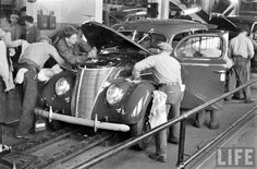 1937 Ford on assembly line Ford V8, Ford Motor Company, American Muscle Cars, Custom Cars, Cars And Motorcycles, Aviation, Automobile, Monster Trucks, Nostalgia