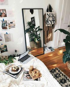 pretty room inspiration -sere @plantsangel