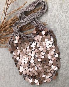 Items similar to Sequin crochet bag, handmade bag, crochet bag, handmade bag, shoulder bag on Etsy Bag Crochet, Crochet Clutch, Love Crochet, Crochet Baby Blanket Free Pattern, Cowhide Bag, Creative Bag, Leather Bag Pattern, Embroidery Bags, Handmade Purses
