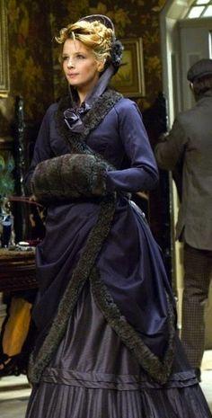 Kelly Reilly as Mary Morstan in 'Sherlock Holmes' (2009). Costume Designer: Jenny Beavan