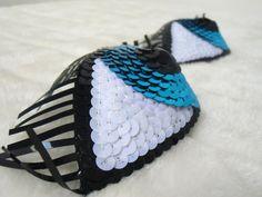 Cache-tétons nippies burlesques yeux bleus à cils