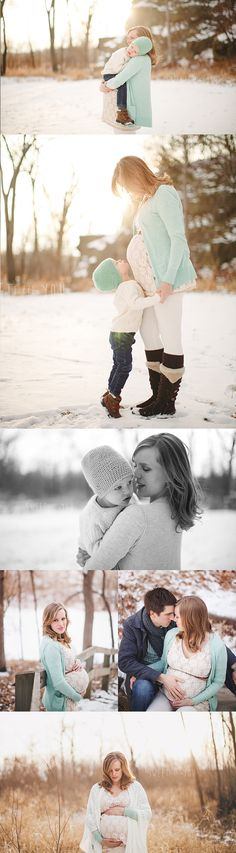 Fotos von Mutterschaften im Winter - Maternity Photos - Shcwangers Winter Maternity Pictures, Family Maternity Photos, Maternity Poses, Maternity Portraits, Newborn Photos, Maternity Photography, Maternity Winter, Winter Pregnancy Photos, Family Photos
