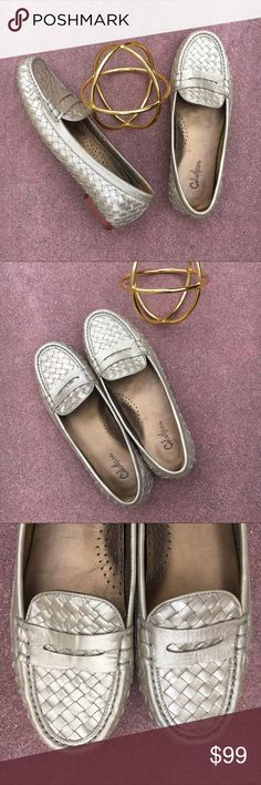 {Cole Haan x Nike Air} Gold Weave Loafers 7 Like new! Only worn once! No signs of wear besides insole. Beautiful gold woven leather. Wish they fit me! Super on trend with timeless style and comfort. Offers warmly welcomed! Cole Haan Shoes Flats & Loafers