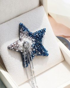 [New] The 10 Best Craft Ideas Today (with Pictures) - Price: 100 t Bead Embroidery Jewelry, Fabric Jewelry, Beaded Embroidery, Hand Embroidery, Embroidery Designs, Beaded Jewelry, Brooches Handmade, Handmade Jewelry, Wood Plastic