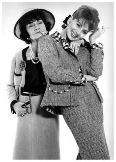 Coco Chanel and Suzy Parker, photo by Richard Avedon, Jan. 1959