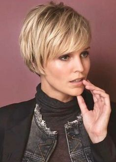 Women's Short Pixie Cut Hairstyle Straight Synthetic Hair Wigs Lace Front Cap Wigs Short Pixie Haircuts, Pixie Hairstyles, Short Hairstyles For Women, Straight Hairstyles, Winter Hairstyles, Natural Hairstyles, Female Hairstyles, Baddie Hairstyles, Quick Hairstyles