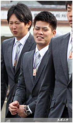 アフロヘアを卒業した大嶺翔 ― スポニチ Sponichi Annex 野球  (via http://www.sponichi.co.jp/baseball/news/2014/01/26/gazo/G20140126007459330.html )