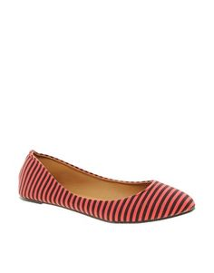 Enlarge Timeless Mara Striped Flat Pumps