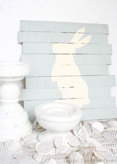 DIY Easter Bunny Pallet.