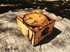 Bilbo's Door Box  The Hobbit di GigaLabWoodCreations su Etsy