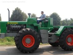 Deutz d16006 - There were produced only 30 pieces of this tractor in 1969 and 1970.
