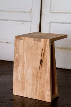 Strand End Table   Birch