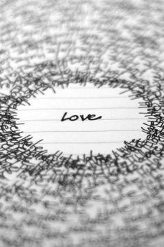 """Liebe als Zentrum von """" ALLEM """" was dich umgibt ♡"""