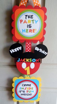 Mickey Mouse Clubhouse Birthday Party by sweetheartpartyshop, $20.00. Also check out my shop for more ideas www.partiesandfun.etsy.com