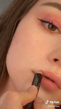 Edgy Makeup, Glowy Makeup, Pink Makeup, Smokey Eye Makeup, Colorful Makeup, Makeup Inspo, Eyeshadow Makeup, Natural Makeup, Girls Makeup
