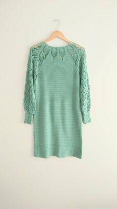 VintageMint Green Crochet Knit Dress Flower Buttons Boho Hippie. Pizzi  All uncinettoTondino ... cb45a46c5df