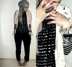 hijab---something about hijab's that I find so exotic. I really like this modern look!