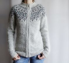 Ravelry: Telja pattern by Jennifer Steingass Icelandic Sweaters, Cable Knit Sweaters, Knitting Designs, Knitting Patterns, Punto Fair Isle, I Cord, Kurti Designs Party Wear, Knit In The Round, Fair Isle Knitting
