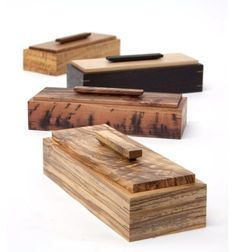 Wood Profit - Woodworking - Learn how to make this simple wooden box. Great project for beginners. Discover How You Can Start A Woodworking Business From Home Easily in 7 Days With NO Capital Needed! Small Wooden Boxes, Wooden Gift Boxes, Wooden Gifts, Wood Boxes, Wooden Diy, Small Wooden Projects, Wooden Box Crafts, Woodworking Business Ideas, Woodworking Inspiration