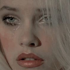 My baby girl don't cry! Your father 3 here Chica Cool, The Victim, Harley Quinn, Celine, Character Inspiration, Grunge, Indie, Eyes, The Originals