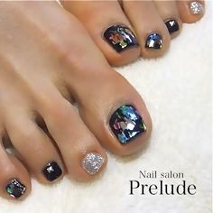 Toenails design Cute Toenail Designs, Fancy Nails Designs, Pedicure Designs, Toe Nail Designs, Cute Toe Nails, Cute Acrylic Nails, Nail Polish Art, Toe Nail Art, Nail Swag