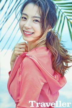 Lifestyle Magazine 'Traveller' Features The Actress Park Soo Jin! Boys Over Flowers, Flower Boys, Flower Boy Next Door, Park Soo Jin, Geum Jan Di, Bae Yong Joon, East Asian Countries, Korean Entertainment, Parks