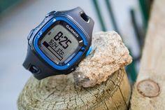 #Garmin Forerunner 15 to łatwy w użyciu #zegarek do biegania rejestrujący najważniejsze statystyki dotyczące #biegu.
