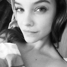 The beautiful Barbara Palvin in another stunning selfie cbf5a18c7deb