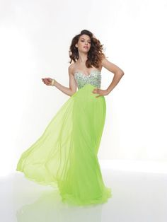Buy adorable Prom Dresses at KissyDress online. Pick up this unique 2013 Kelly Chiffon A-line Strapless Sweetheart Prom Dress at Mori Lee Prom Dresses, Strapless Prom Dresses, Prom Dresses Online, Cheap Prom Dresses, Dresses Uk, Bridal Dresses, Bridesmaid Dresses, Sparkly Dresses, Quinceanera Dresses