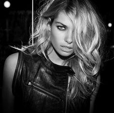 Jessica Hart. Beauty Crush. #glossi #beauty