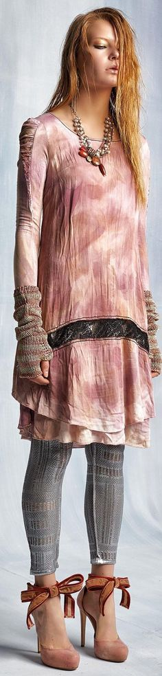 -Elisa Cavaletti F/W 2015 - Daniela Dallavalle Collections Bohemian Style, Boho Chic, Couture Outfits, Couture Clothes, Paisley, Elisa Cavaletti, Gypsy, Textiles, Fashion Details