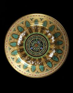 Dessert plate, Kremlin service, Russia, The service originally comprised approximately 1300 pieces and took approximately three years to produce. Catalina La Grande, Maria Feodorovna, Tsar Nicholas, Folk Fashion, Victoria And Albert Museum, Russian Art, Antique China, Metal Working, Art Decor