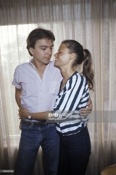 Performer David Cassidy and his wife Kay Lenz in New York City in 1979.