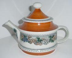 Goebel Bavaria W Germany Teapot