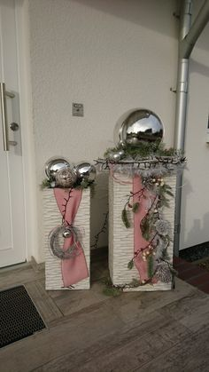 Spectacular my decoration entrance of the interior decoration decoration - Dekoration Ideen 2020 Christmas Ad, All Things Christmas, Christmas Wreaths, Christmas Crafts, Simple Christmas, Christmas Window Decorations, Christmas Centerpieces, Holiday Decor, Decoration Entree