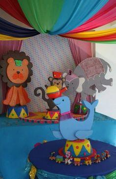 "Photo 1 of 8: Circo Circus / Birthday ""Veronica's Circus Parade"" | Catch My Party"