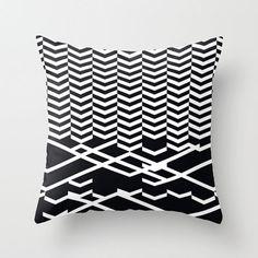 Defragmentation pillow by Leandro Pita